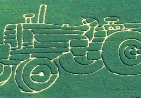 corn soybean mazes   fun autumn weekend