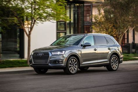 Audi Q7 Different Models by 2018 Audi Q7 Review Pricing Release Date And Buying Advice