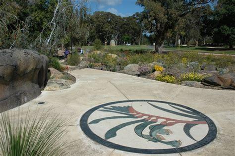 Botanic Gardens And Parks Authority Botanic Gardens And Parks Authority Botanic Garden Discovery Walk
