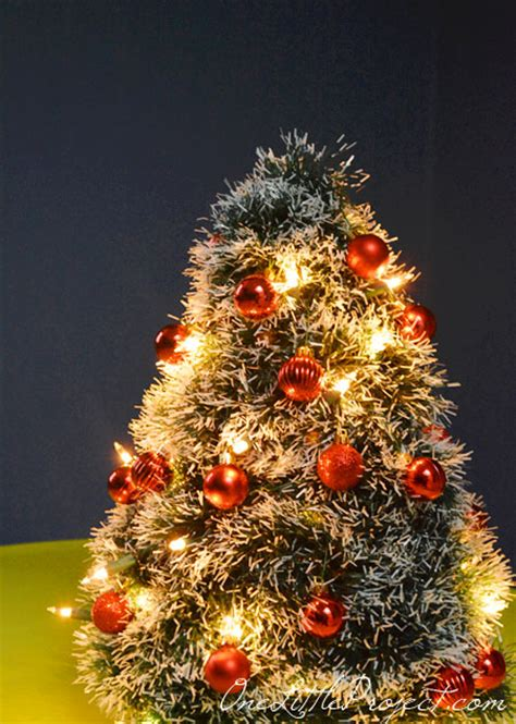 diy wire hanger christmas tree tutorial