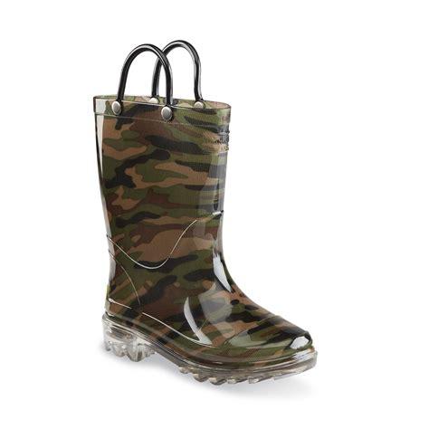 boy light up rain boots western chief boys lighted rain boot camouflage sears