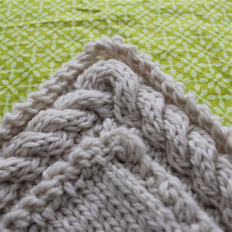 knitting pattern understanding rachael rabbit tutorial continuous cable border