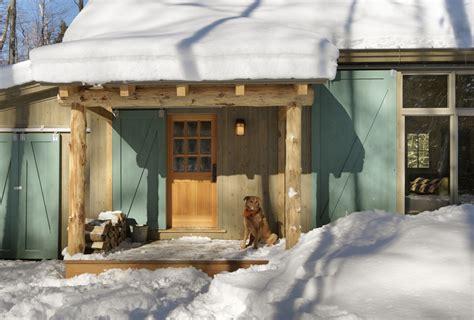 Barn Entry Door Barn Doors For House Pool Traditional With Barn Beam Barn Door Beeyoutifullife