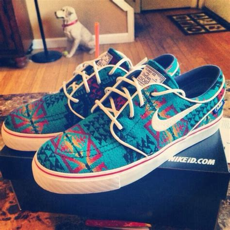 tribal pattern nike sneakers shoes earphones nike nike sb aztec colorful nikes