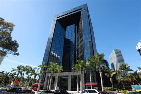 Office Miami by Office Space Miami Bb T Building 1200 Brickell Avenue In Us
