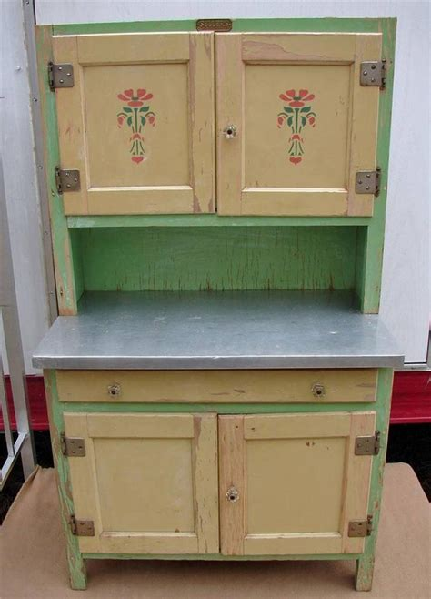 sellers kitchen cabinets 1930 s sellers junior kitchen cabinet ivory mint green