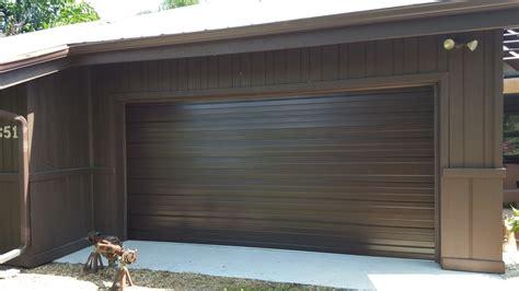 Raynor Door Buildmark Sts Steel Garage Door By Raynor Raynor Overhead Door