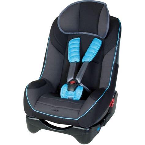 protege siege auto si 232 ge auto noir avec prot 232 ge ceinture bleu harnais 224