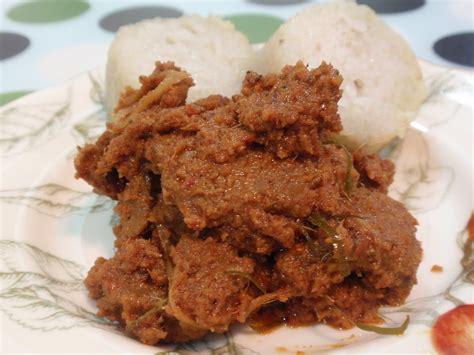 Rendang Kering Rendang Kaleyo Rendang Daging Khas Minang warna warni hidangan lebaran nusantara i
