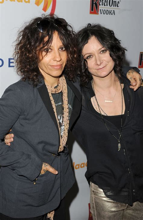 linda perry and joe perry related linda perry sara gilbert married 5 things to know about