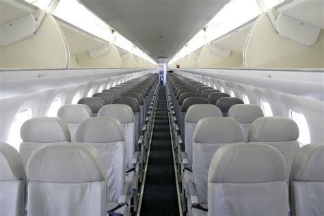 Embraer 195 Interior embraer 195 technical specs history pictures aircrafts and planes