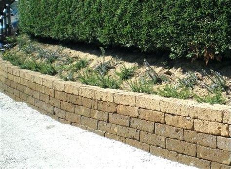 mattoni giardino mattoni per giardino per mattoni tufo giardino prezzi