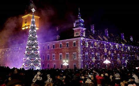 christmas trees around the world dualwarez