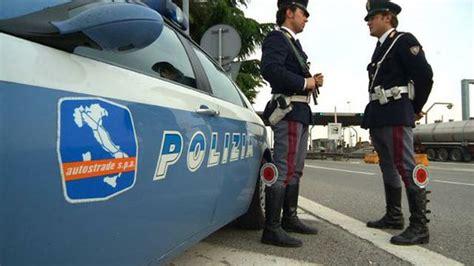 polizia stradale bagno di romagna quot polizia senza divise per l inverno quot la denuncia
