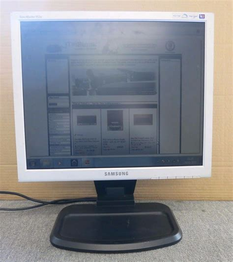 Lcd Monitor Samsung 19 Inch samsung syncmaster 913n mj19esksb edc 19 inch lcd tft monitor adjustable stand