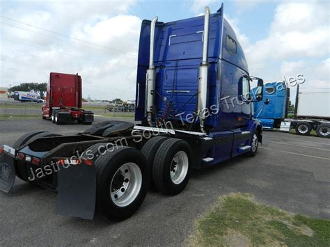 2006 volvo truck tractor 100 2006 volvo truck tractor truckingdepot hazelton