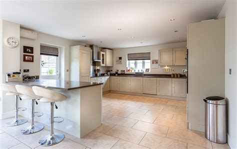 kitchen cabinet painters kitchen cabinet painters shrivenham oxfordshire