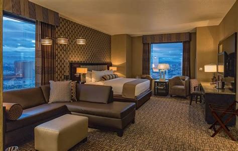 golden nugget rooms the golden nugget adds 74 gold club rooms to the tower haute living