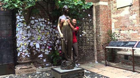 La casa di Giulietta in Verona, Italy   YouTube