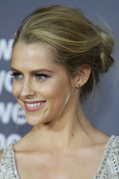 up dos at french quarters teresa palmer french twist french twist lookbook