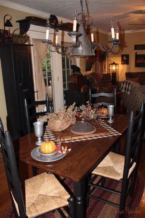 primitive kitchen tables best 25 primitive tables ideas on prim decor