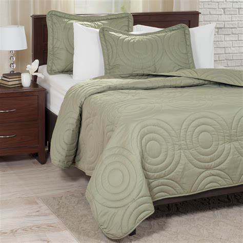 Green King Quilt by Lavish Home Solid Embossed 3 Quilt Set King