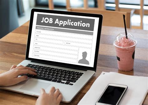 Apply In Person How To Should You Apply For Or In Person An Analysis