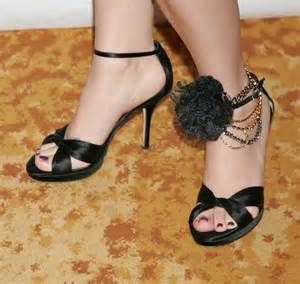 Melissa joan hart feet legs and shoes photos