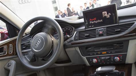 Auto Einparken Spiel by Die Zukunft Einparken Per Smartphone Audi Pr 228 Sentiert