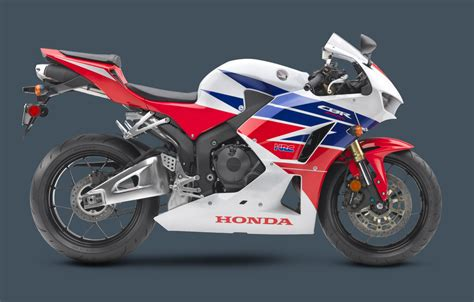 honda 600 cbr 2013 honda updates the 2013 cbr600rr middleweight sport bike