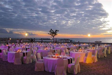 beach gala dinner holiday inn baruna resort bali bali