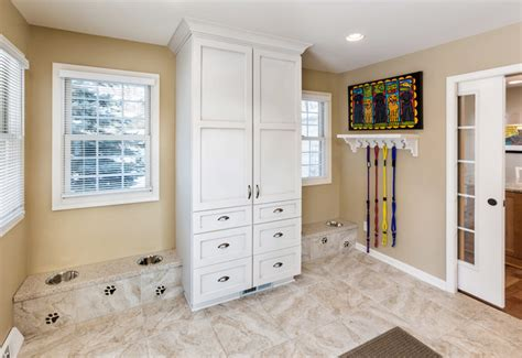 Indoor Entryway Rugs Racine Mud Room Addition For Dogs Traditional Laundry