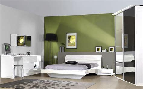 mobilier chambre adulte compl鑼e design armoire design 2 portes coulissantes avec 233 clairage laqu 233 e