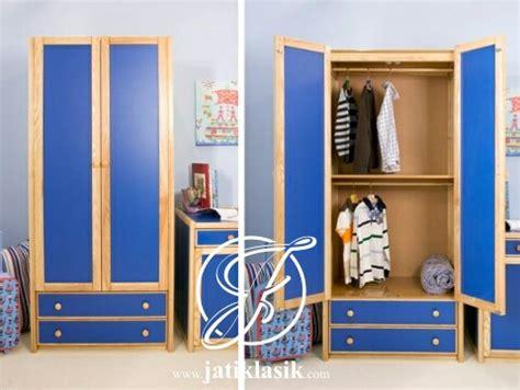 Sofa Anak Berkarakter jual lemari pakaian anak jati minimalis berkarakter jati