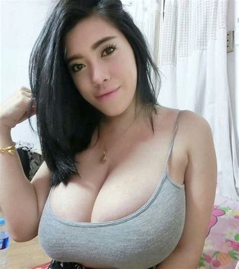 girls with nice natural racks 870 best does this top make my boobs look big images on