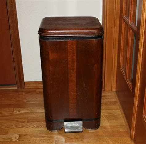 designer kitchen trash cans waterfall hamilton trash can garbage bin vintage wood step lid
