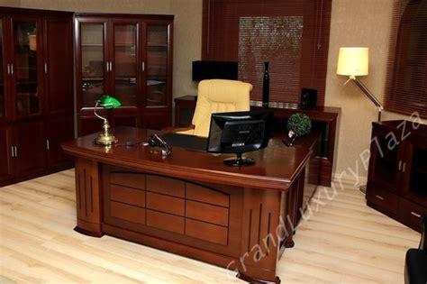 lavoro ufficio legale roma scrivania tavolo ufficio studio presidenziale direzionale
