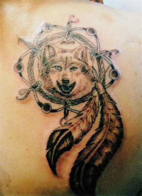 wolf dreamcatcher tattoo 12 stunning tribal dreamcatcher tattoos only tribal