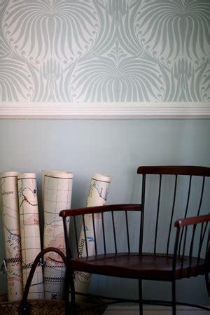 Wallpaper Above Or Below Dado Rail