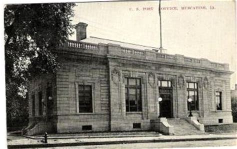 Muscatine Post Office by Muscatine County Postcards