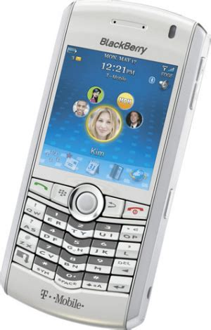 White Blackberry Pearl Announced For Uk Release For The Amongst Us by T Mobile Releases White Blackberry Pearl Slipperybrick