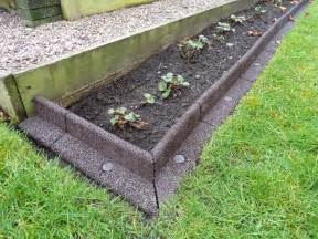 Landscape Edging Corner Creating A Lawn Border For My Strawberry Bed Review Of
