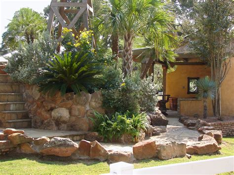 awesome backyard of a house in desert landscaping ideas