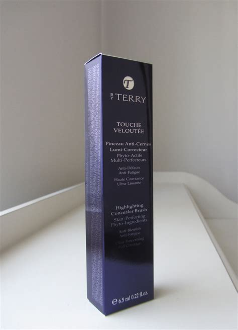 by terry by terry touche veloutee porcelain from by terry touche veloutee porcelain 2 the brush stash