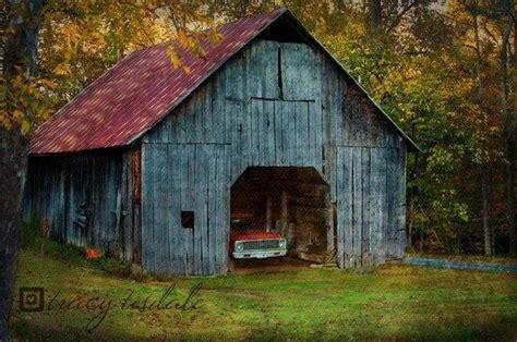 beautiful old barn barn beauty beautiful country