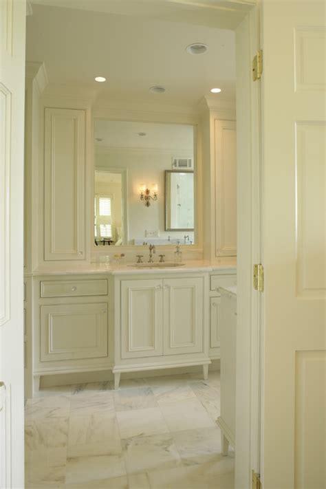 white bathrooms houzz the granite gurus whiteout wednesday 5 white bathrooms