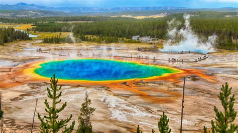 Yellowstone Grand Prismatic Spring Facts