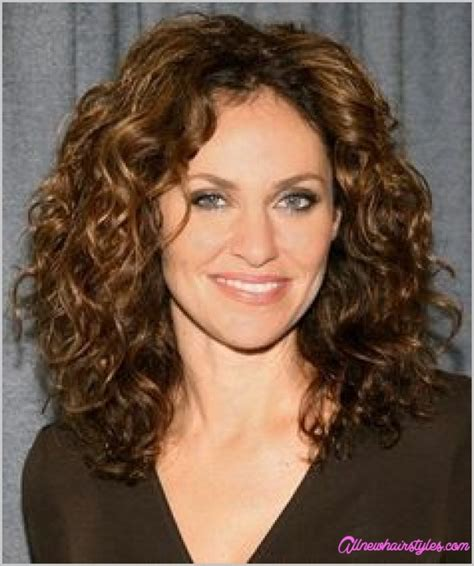 natural curley above shoulder length hair syles medium natural curly haircuts allnewhairstyles com