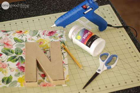 letras decoradas como fazer como fazer aparador de livros letras decoradas