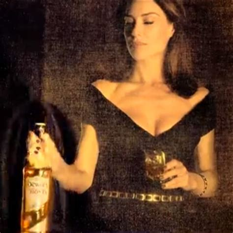 claire forlani dewars commercial dewar s highlander honey ad criticised for claire forlani